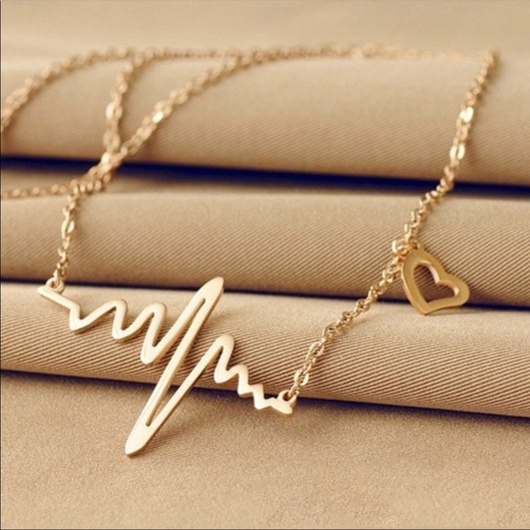 Jewelry - Heartbeat Gold Necklace